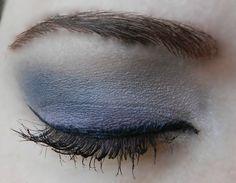 Base: Whisper Pink ShadowSense Blending: Silver Violet ShadowSense Accent: Onyx and Granite ShadowSense Liner: Black EyeSense Mascara: Black LashSense Brows: BrowSense; Match to brow color