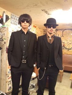 [Champagne]川上洋平・庄村聡康2013/2/14 MUSICA presents 「VALENTINE ROCK 2013-愛のロックを鳴らそう- Vol.6」@恵比寿LIQUIDROOM川上洋平 庄村聡泰 到着ー。ピシッとしてます。