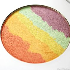 Rainbow Highlighter Alert - Dream Highlighter by Zhuco Cosmetics - Review