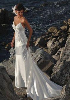 Scollo a v pizzo abiti da sposa spiaggia sexy