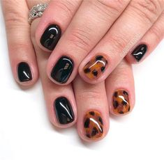 Trendy Fall Nail Art Designs For Short Nails ;#fallnailscolor#shortnails#nailsart
