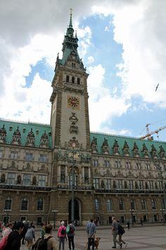 Hamburg Sightseeing Sightseeingtipps Rathaus HH Hansestadt Elbe Momentchenmal Bonn Blog Mamablogger Travel…