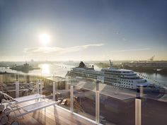 Richard Meier & Partners Designs Waterfront Mixed-Use Building in Hamburg,© bloomimages