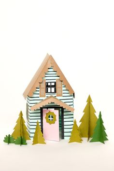 DIY: paper holiday houses (free printable template)