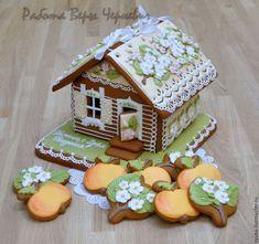 """Купить """"Яблоневый цвет"""" большой пряничный домик - пряник, расписные пряники, имбирное печенье, имбирные пряники"""