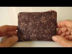 5 video tutorials to create wallets with your patterns for free. Diane Von Furstenberg, Fabric Wallet, Jeans Material, Red Queen, Best Jeans, Youtube, Precious Metals, Free Pattern, Scrappy Quilts