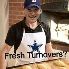 You'Ll find more tony romo means than you will any other nfl player. Funny Dallas Cowboy Memes, Cowboy Humor, Dallas Cowboys Memes, Funny Football Memes, Funny Sports Memes, Nfl Memes, Cowboys Football, Sports Humor, Football Humor