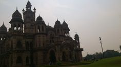 100 Year+ old palace! All Baroda people should be proud of it.