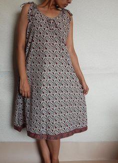 Knielange Kleider - Floralen Sommer-Kleid Midikleid mit indische Kleid - ein Designerstück von IndianParadise bei DaWanda