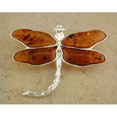 Amber Dragonfly Pin I adore Amber...adore dragonflies... What's not to <3...totally gorgeous...