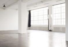 stxxz:  Studio Apartment   Defringe.com