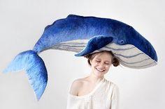 Grande baleine bleue, baleine feutré, gros animal doté en personnel, jouet feutré, laine mérinos et remplissage