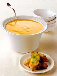 Recipe: Giada's Butternut Squash Soup with Fontina Cheese Crostini - Recipelink.com
