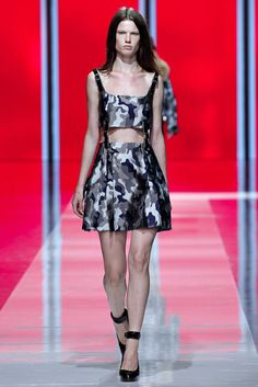 Christopher Kane Fall 2013 Ready-to-Wear Fashion Show - Rhianna Porter