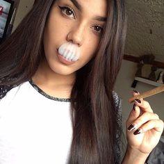 #smoker #weed #weedgirl #blunt #labicraverie