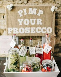 Get creative with your wedding drinks! #pimpyourprosecco