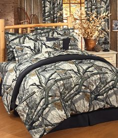 SouthernSistersDesigns.com - Mossy Oak Camo Treestand Comforter Set, $119.95 (http://www.southernsistersdesigns.com/mossy-oak-camouflage-treestand-comforter-set/)