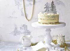 Vianočná mrkvová torta | Recepty.sk Cupcake Cakes, Cupcakes, Vanilla Cake, Desserts, Food, Basket, Tailgate Desserts, Deserts, Essen