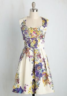 Long-Term Loveliness Dress in Garden