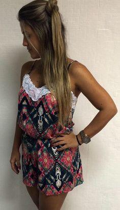 Macaquinho com renda - elastico na cintura - Estampa etnica-  Laces - fashion