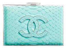 chanel-turquoise-python-clutch♪ღ♪♪♪Rihanna♥✿♪ღ♪♪ღ♪ ♪ღ♪♪ღ♪Fashion Queen♪ღ♪♪ღ♪ ✿♪♪♪╰⊰✿♪♪♪╰⊰✿♪♪♪╰⊰✿♪♪♪╰⊰✿´ ♕♪♫ ♪♫ ♪♫ ♪♕♪♫ ♪♫ ♪♫♕ Chanel Clutch, Chanel Handbags, Chanel Bags, Chanel Wallet, Designer Handbags, Clutch Bags, Verde Tiffany, Azul Tiffany, Women's Handbags