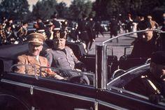 A pesar que la mayoría de imágenes y películas que se difunden hasta hoy sobre el dictador alemán Adolf Hitler son en blanco y negro, hubo un fotógrafo que sólo registró fotos a color del exlíder del Partido Nazi, allá por los años 30, cuando el mundo se preparaba para el inicio de la Segunda Guerra Mundial.