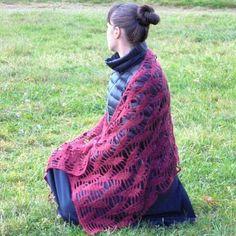 Элегантное вязание крючком. Романтические шали. Теплый от ShawlCrochetDamaPik Plaid Scarf, Shawl, Etsy Seller, Romantic, Warm, Elegant, Crochet, Creative, Unique