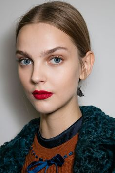 The Best Beauty Looks from London & Milan Fall 2016