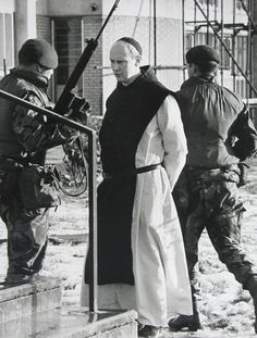 """oglaighnaheireann: """" A Priest caught up in The Troubles in Belfast during the """" Military Art, Military History, Celtic Astrology, Northern Ireland Troubles, Irish Republican Army, Political Beliefs, Politics, Northern Island, Powerful Pictures"""