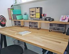 Make a desk yourself; With these tips you can quickly create your own desk - New Deko Sites Desk Hacks, Ikea Desk, Dream Rooms, Room Organization, Dorm Room, Home And Living, Decoration, Corner Desk, Create Your Own