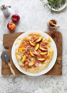 Pizza Bianco with prosciutto, nectarines, thyme & honey recipe #pizza #recipe