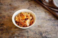 Ein Kimchi Rezept für Einsteiger | Food Vegetarisch Snack Recipes, Snacks, Chips, Ethnic Recipes, Food, Kimchi Recipe, Chinese Cabbage, Meal, Snack Mix Recipes