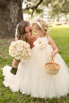 What a beautiful dress for a little girl:)