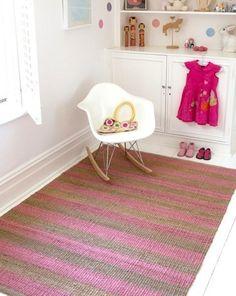 Alfombra en rosa http://www.mamidecora.com/alfombras-bebes-ni%C3%B1os-armadillo.html