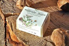 Přírodní mýdlo MATEŘÍDOUŠKA ~ TŘEZALKA~25% shea b. Place Cards, Container, Herbs, Place Card Holders, Coffee, Soaps, Natural, Kaffee, Hand Soaps