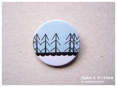 Winter Wald Button.    Motiv: Winter Wald  Farbe: Türkis, schwarz, weiß  Design: *©2012maedchenwahn* Izabella Markiewicz. Alle Rechte vorbehalten.