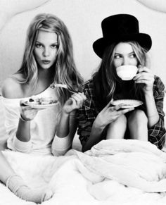 Tea parties <3 Sleep overs <3 Best friends <3 Lazy afternoons <3