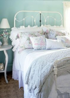 Home Decor | Beach Cottage Decor - I want bedding like this. So peaceful.