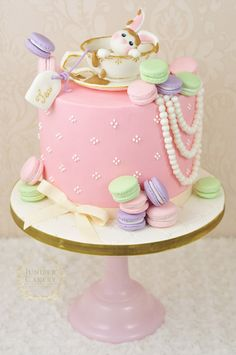 So cute! ❤️ the idea of a tea party baby shower!   Make a gum paste teacup with this tutorial by Juniper Cakery