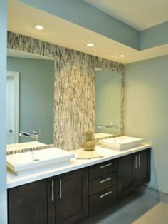 Bathroom Vanity Lighting Idea and Pictures Bathroom Light Fixtures Ideas Recessed Lighting Bathroom Beautiful Bathrooms, Modern Bathroom, Small Bathroom, Master Bathroom, Bathroom Ideas, Bathroom Pink, Mirror Bathroom, Bathroom Cabinets, Design Bathroom