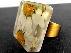 Real daisies square ring - bronze