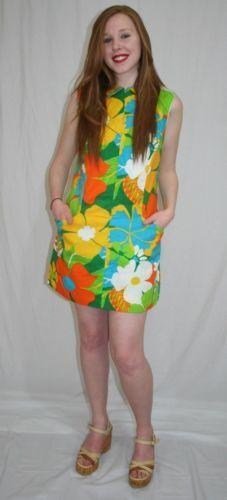 aae0e939b95 Vintage-60s-70s-Aloha-HAWAIIAN-Floral-MINI-Shorts-Romper-Skort-DRESS-NOS-M