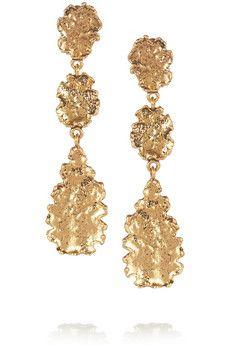Hammered gold-plated leaf clip earrings by Oscar de la Renta