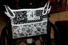 Sewing Bags Project Wheelchair and walker hanging bag tutorial Walker Accessories, Wheelchair Accessories, Handicap Accessories, Sewing Tutorials, Sewing Crafts, Sewing Projects, Bag Tutorials, Sewing Tips, Sewing Ideas