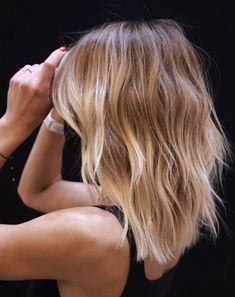 Medium Hair Cuts, Medium Hair Styles, Short Hair Styles, Blonde Hair Looks, Brown Blonde Hair, Ombré Hair, Balayage Hair, Blonde Balayage Mid Length, Mid Length Blonde Hair