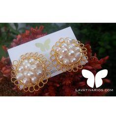Románticos y delicados zarcillos en perlas que completarán cualquier outfit! #Lavativarios #Lavatilovers