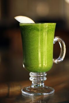 Green Apple Smoothie         2 apples, cored      1 thin slice of lemon      2 large handfuls of spinach      1 cup crushed ice