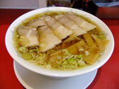 「へい吉」(東京都日野市、三重本店)支那そば 大盛(極細麺) 750円