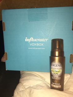 Jergens Natural Glow, Instant Sun, Sunless Tanning Mousse from the Campus Vox Box!