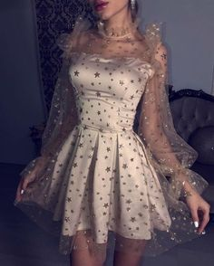 Champagne Bubble Sleeves Homecoming Kleider, Durchsichtig Long Sleeves Homecomin… Champagne Bubble Sleeves Homecoming Dresses, See Through Long Sleeves Homecomin … # bubble Long Sleeve Homecoming Dresses, Hoco Dresses, Sexy Dresses, Dress Outfits, Fashion Dresses, Fashion Clothes, Summer Dresses, Formal Dresses, Wedding Dresses